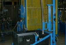 Sistema de vaciado de contenedor de granulado por vibración