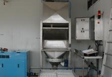 Tolva vacía sacos con filtro de desempolvar integrado