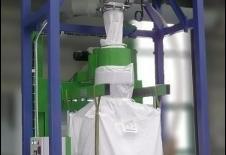 Estación de llenado de big-bag con ciclofiltro de transporte neumático.