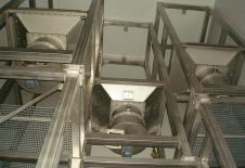 Estructura de acero inox para soporte de los dispositivos de vaciado big-bag con dosificación