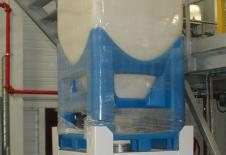 Estació de buidatge de contenidor flobin seguida d'un transport pneumàtic