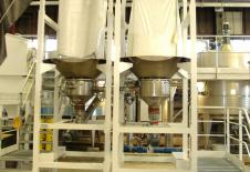 Estaciones de vaciado de big-bag con husillo de dosificación